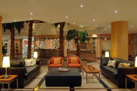 Elegance Hotel