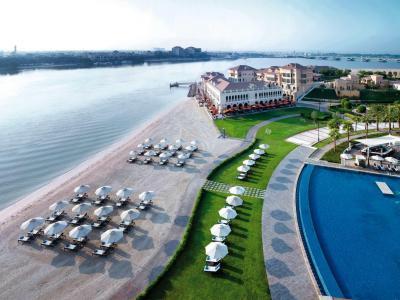 Kombi 4 Nä. Ritz Carlton AUH + 2 Nä. Al Wadi Desert R. RAK