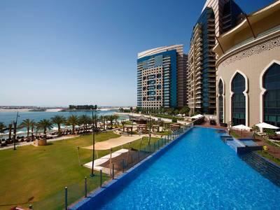 Bab Al Qasr, a Beach Resort & Spa by Millennium - lage