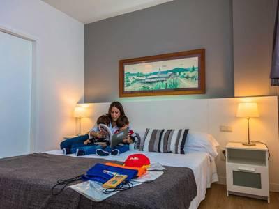 Atenea Barcelona Aparthotel - zimmer