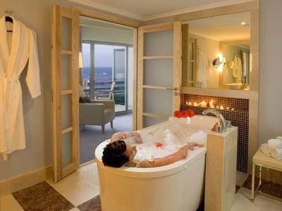 Pestana Carlton Madeira Ocean Resort - zimmer