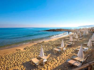 Alexander Beach Hotel & Village - lage