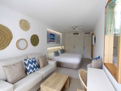 BG Portinatx Beach Club Hotel - zimmer