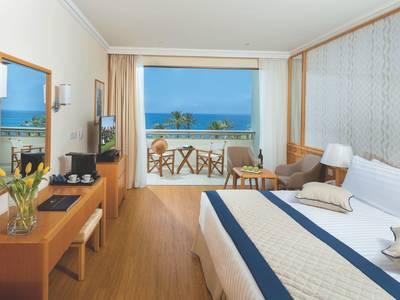 Constantinou Bros Athena Beach Hotel - zimmer