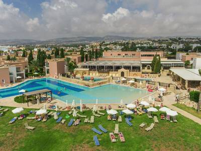 Akteon Holiday Village - lage