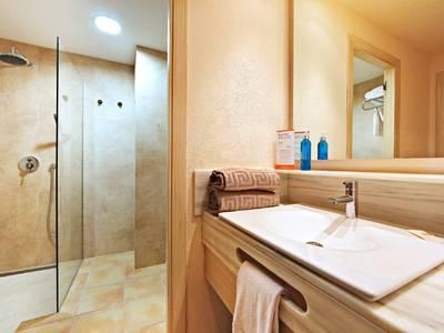 VIVA Cala Mesquida Resort - zimmer