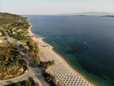 Akrathos Beach - lage