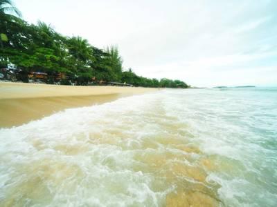 The Fair House Beach Resort - lage