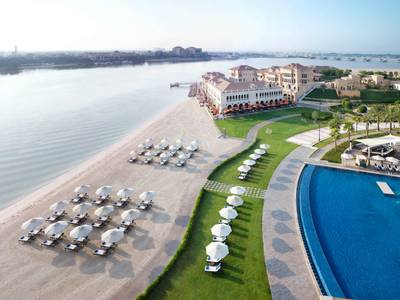 The Ritz-Carlton Abu Dhabi, Grand Canal - lage