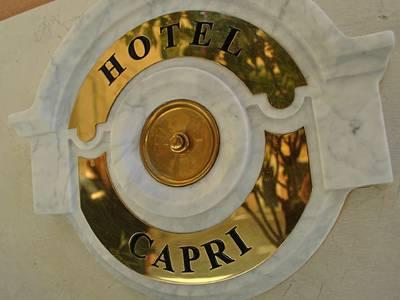 Carlton Capri